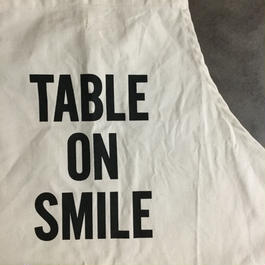 DRESSSEN ADULT APRON #51 TABLE ON SMILE🔴新発売