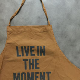 DRESSSEN DR(BRN)7 APRON LIVE IN THE MOMENT🔴新発売❗️