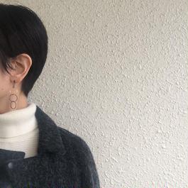Ring earring , b4 / BK-SV-BK-BK