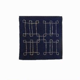 苗族刺繍入り藍染めコースター(ピン)  Miao indigo coaster (pin)