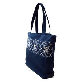 ラオスの藍染め手織り模様・手提げバッグ