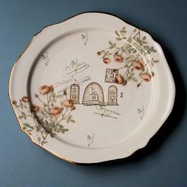 ドームと薔薇のお皿