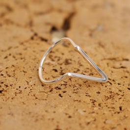 deep V silver ring