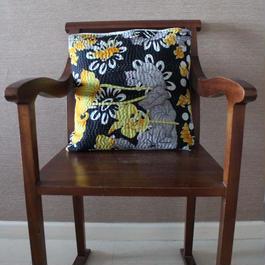 Kantha Cushion Cover カンタクッションカバー(ブラックxイエローフラワー)