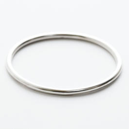classic oval band