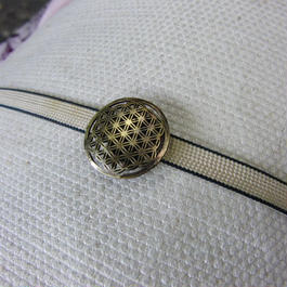 真鍮製 小紋風デザイン帯留め 着物や浴衣に