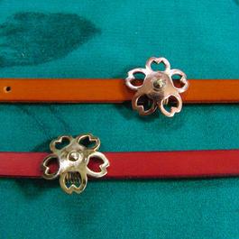 下向き桜型 真鍮・銅 帯留め 着物や浴衣に