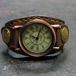 レトロ調時計使用 焦げ茶レザー コインコンチョ本革ブレスレット型腕時計