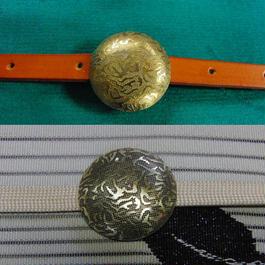 真鍮生地・いぶし製 丸型模様帯留め1個 着物や浴衣に
