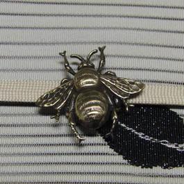 真鍮製 蜂型帯留め 着物や浴衣の帯どめ飾りに