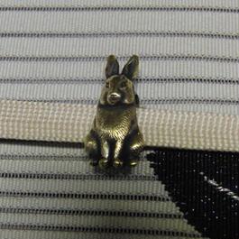 真鍮製 うさぎ型帯留め 着物や浴衣の帯どめ飾りに