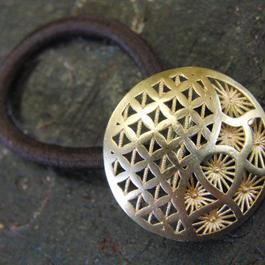 真鍮製 和柄デザインループコンチョ/ヘアゴム付き/縫い留めで飾りとして