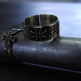 アイアンクロス彫模様真鍮ブラスリング・トゥリング 指輪1本 サイズ1号~15号