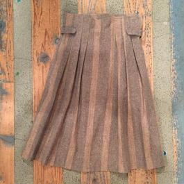 skirt 33[Do-715]