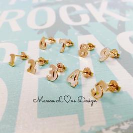 Manoa Love Design/10K ナンバーピアス