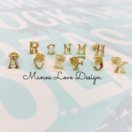 Manoa Love Design/10K Gold イニシャルピアス