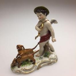 古マイセン「天使と狩猟犬」