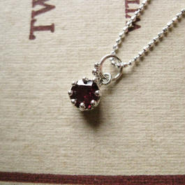 【Resale】 Milk Crown Necklace -RhodoriteGarnet-5mm