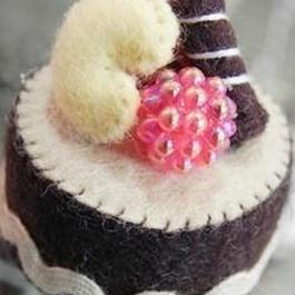 【KANADE】ケーキマグネット チョコ P29-0304