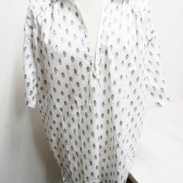 【ああ】首のラインがきれいに見えるシャツ ロボット P17-1122