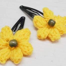 【ああ】毛糸で作ったお花のパッチンピン2個組 オレンジ P17-1005