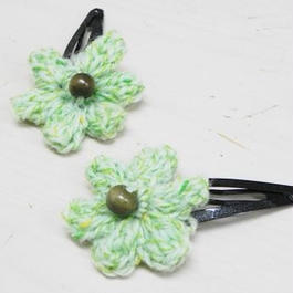 【ああ】毛糸で作ったお花のパッチンピン2個組 グリーン P17-1008
