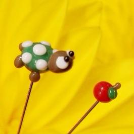 【gemma】まち針2本セット りくがめ&りんご