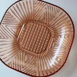 昭和レトロ・プレスガラスの角皿