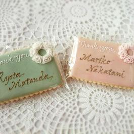 座席札アイシングクッキー カード型 (薔薇リース)