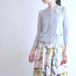 feather tulip Cardigan pale grey