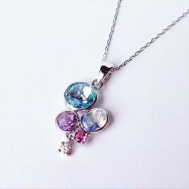 きらめく宝石たちのお守りネックレス(税込)
