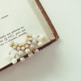 Sparkling freshwater pearl earrings《片耳用》