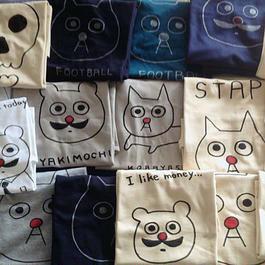 バウのTシャツ  手描き 一点モノシリーズ 猫の小林さん、ラッシー犬などなど