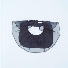 BIG RUFFLE COLLAR BLACK