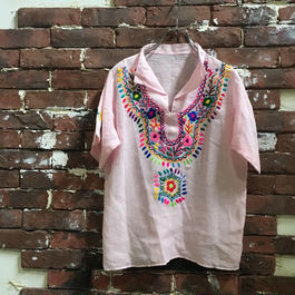 VINTAGE LADIES PULL OVER ETHNIC TOPS