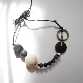 ensemble necklace BLACK