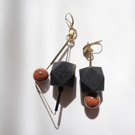 triangle pierce/earrings BLACK