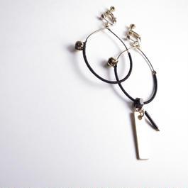 foop key pierce/earrings BLACK