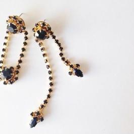 asymmetry pierce/earrngs BLACK |
