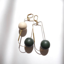 half oval pierce/earrings GREEN