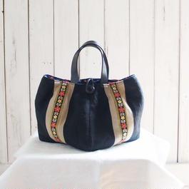 チロリアンテープのバッグ(黒)