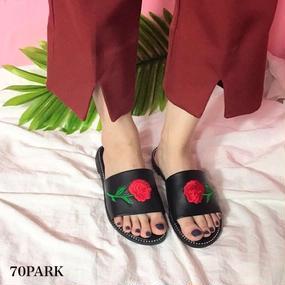 #Rose Embroidered Slippers ローズ 刺繍 スタッズ スリッパ 全2色 シャワーサンダル