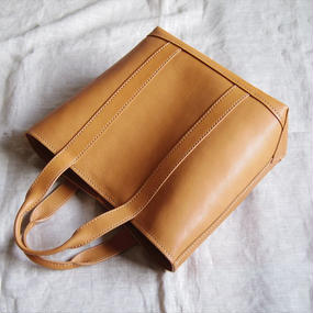 【受注生産】キャンバストートのような革バッグ(見返し付)