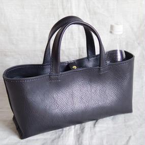 【受注生産】イタリア製牛革のしっかり横長トートバッグ(黒色・S)