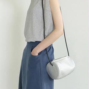 roundish mini bag