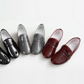 △10%OFF△glossy enamel sensitive loafer