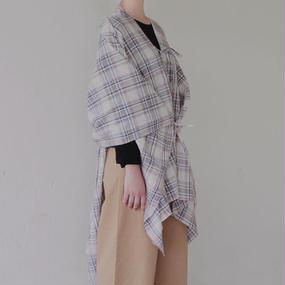 flexible check shawl