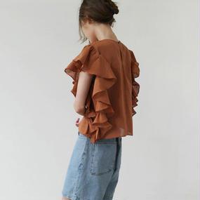 volume frill linen blouse