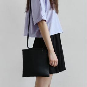fringe pointed flat shoulder bag
