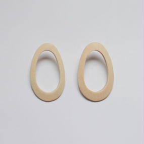 natural wood oval pieced earrings